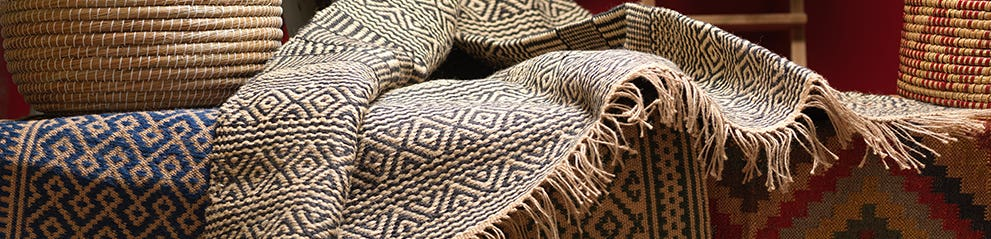 Cushions, Throws & Rugs