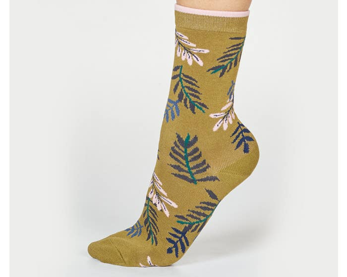 Thought Women's Bamboo and Organic Cotton Blend Mable Leaf Socks