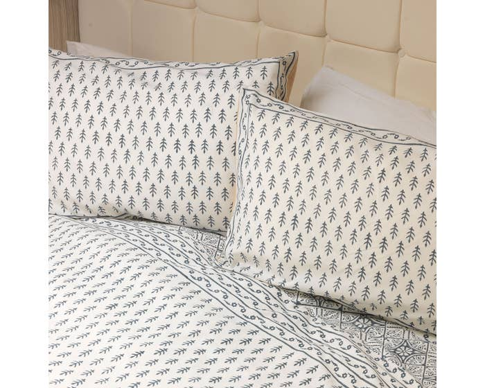 Charcoal Duvet Set and Two Pillowcases
