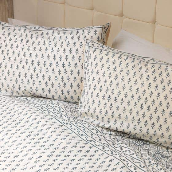 Charcoal Duvet Set and Two Pillowcases (Double)