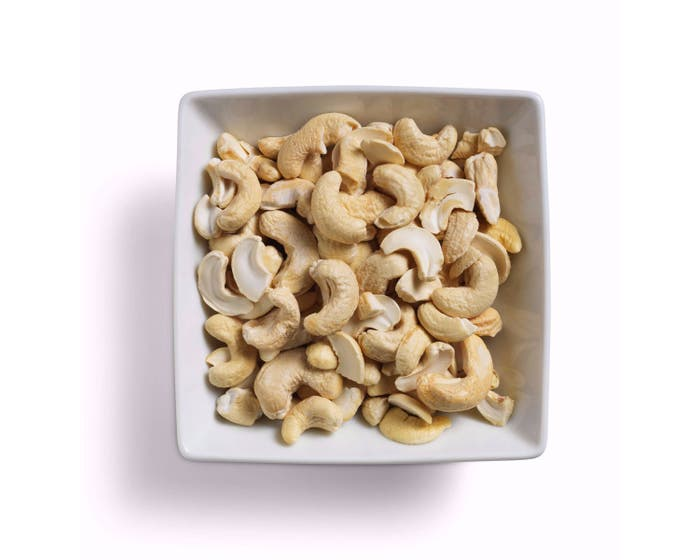 Tropical Wholefoods Organic Cashew Nuts (150g)